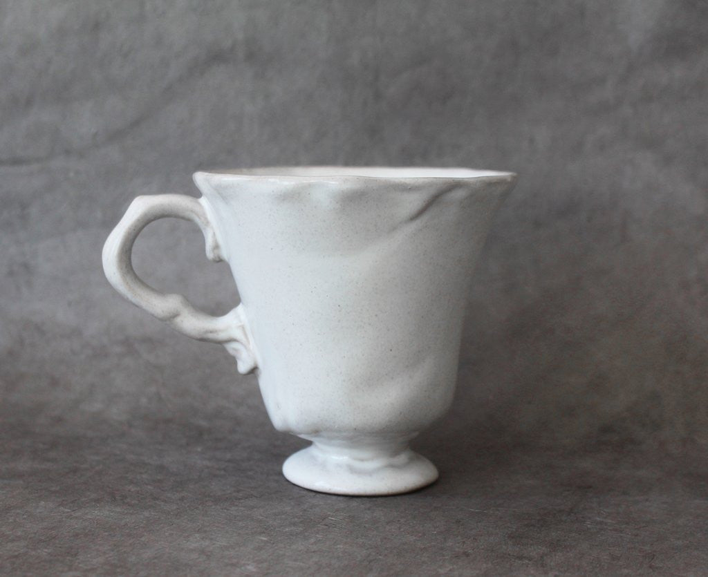 Bell Teacup, Gifts, Laura of Pembroke