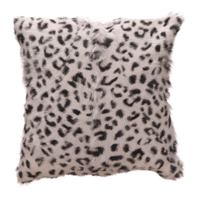 Bring organic coziness into your home with our authentic, spotted goat fur accent pillow. 100% goat fur, you know this naturally tufted pillow will stay forever soft. It's the perfect luxurious throw pillow for your bed or sofa.  Dimensions: 18
