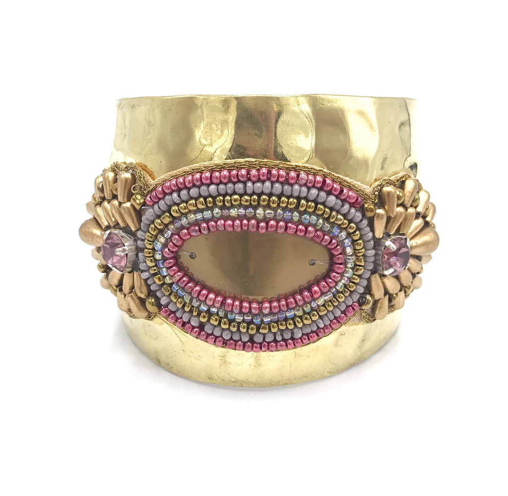 Monsoon cuffarmbånd - Golden pink fra Farmhousedesign.no