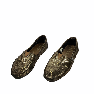 Primary Photo - BRAND: TOMS STYLE: SHOES FLATS COLOR: GOLD SIZE: 6 OTHER INFO: AS IS(WEAR) SKU: 160-160197-7140