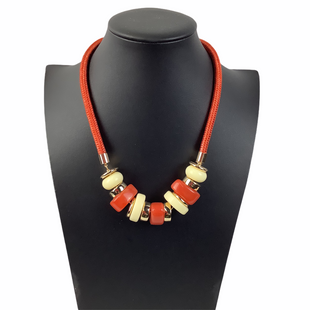 Primary Photo - BRAND: ANN TAYLOR LOFT STYLE: NECKLACE COLOR: ORANGE SKU: 160-160197-13240