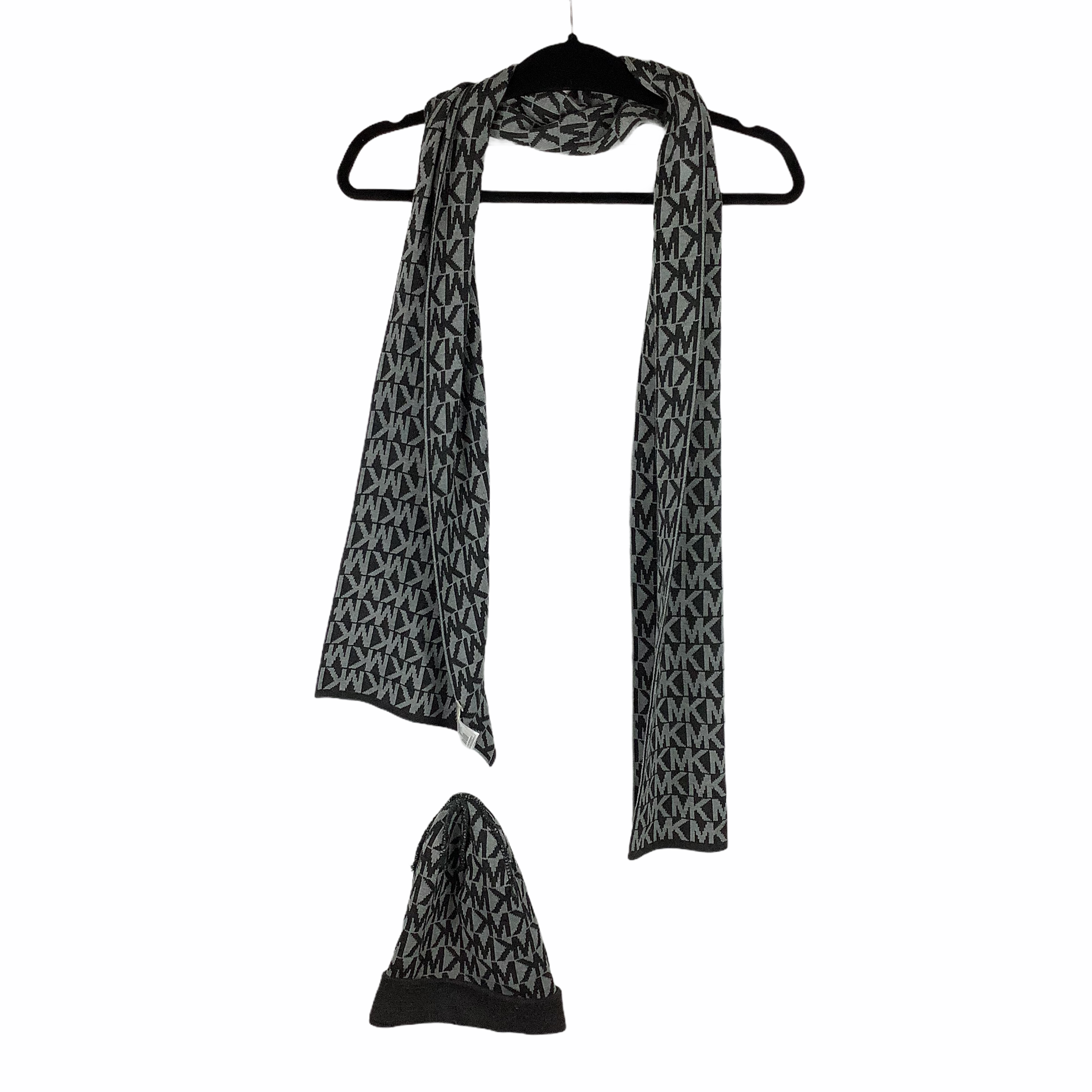 Primary Photo - BRAND: MICHAEL KORS <BR>STYLE: SCARF WINTER <BR>COLOR: GREY <BR>OTHER INFO: 2 PIECE <BR>SKU: 160-160197-7636