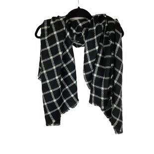 Primary Photo - BRAND:    CLOTHES MENTOR STYLE: SCARF WINTER COLOR: BLACK WHITE OTHER INFO: NAMEBRNAD - SKU: 160-160197-12307