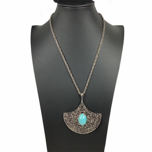 Primary Photo - BRAND:    CLOTHES MENTOR STYLE: NECKLACE COLOR: AQUA SKU: 160-160218-1675