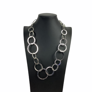 Primary Photo - BRAND:    CLOTHES MENTOR STYLE: NECKLACE COLOR: SILVER SKU: 160-160228-825