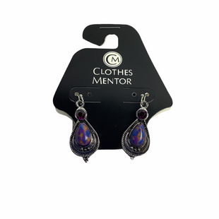 Primary Photo - BRAND:    CLOTHES MENTOR STYLE: EARRINGS COLOR: PURPLE SKU: 160-160124-16811