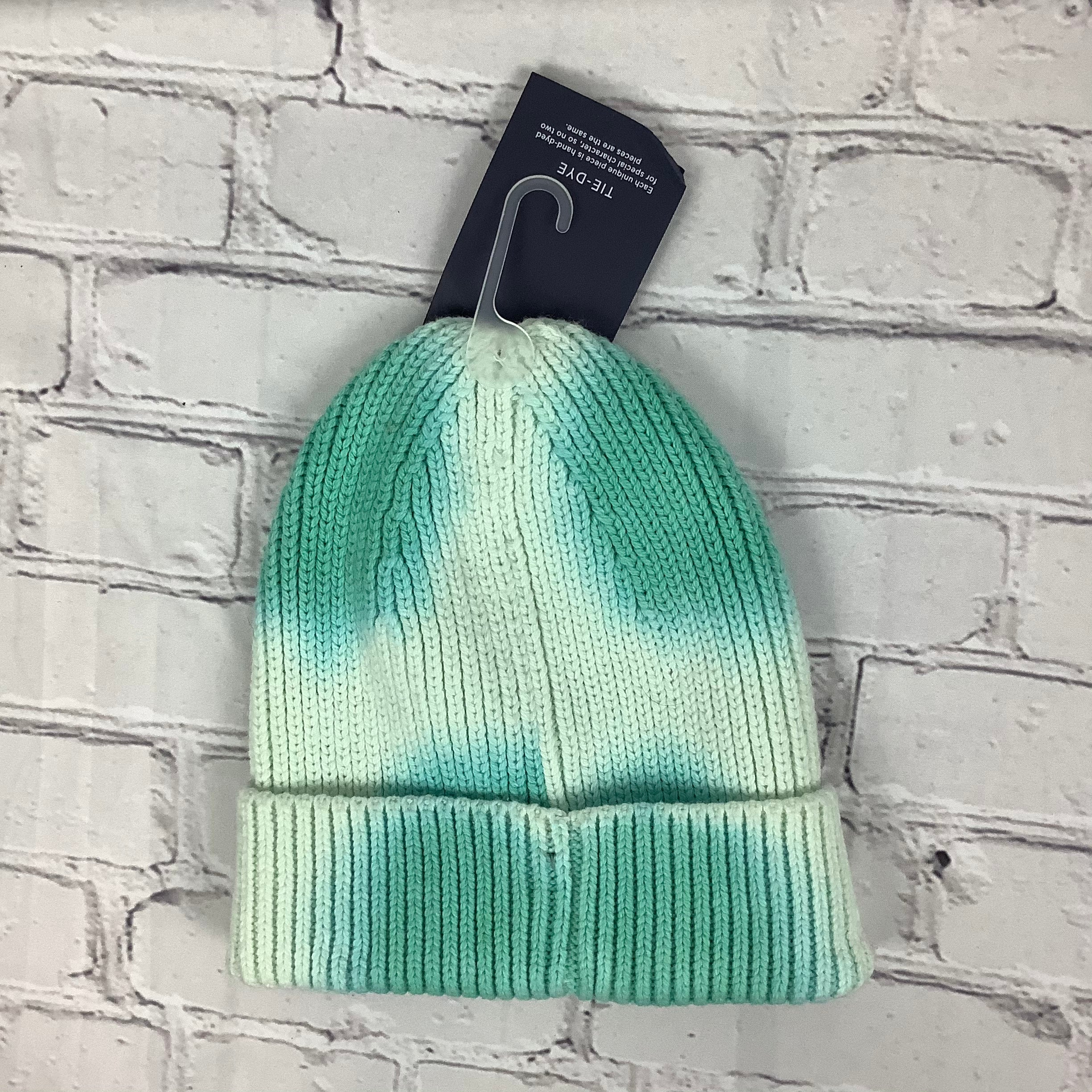 Photo #1 - BRAND: GAP <BR>STYLE: HAT <BR>COLOR: MINT <BR>SKU: 160-16071-70662<BR>AS IS