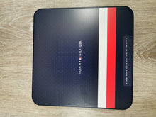Load image into Gallery viewer, Tommy Hilfiger - 4 Pack Tin, Tommy Original - Tector Menswear