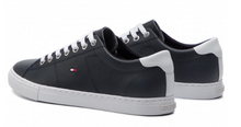 Load image into Gallery viewer, Tommy Hilfiger - Essential Leather Sneaker
