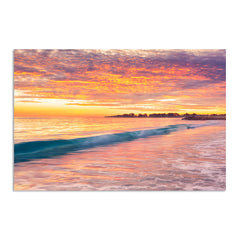 Winter sunset over Sorrento Beach in Perth, Western Australia