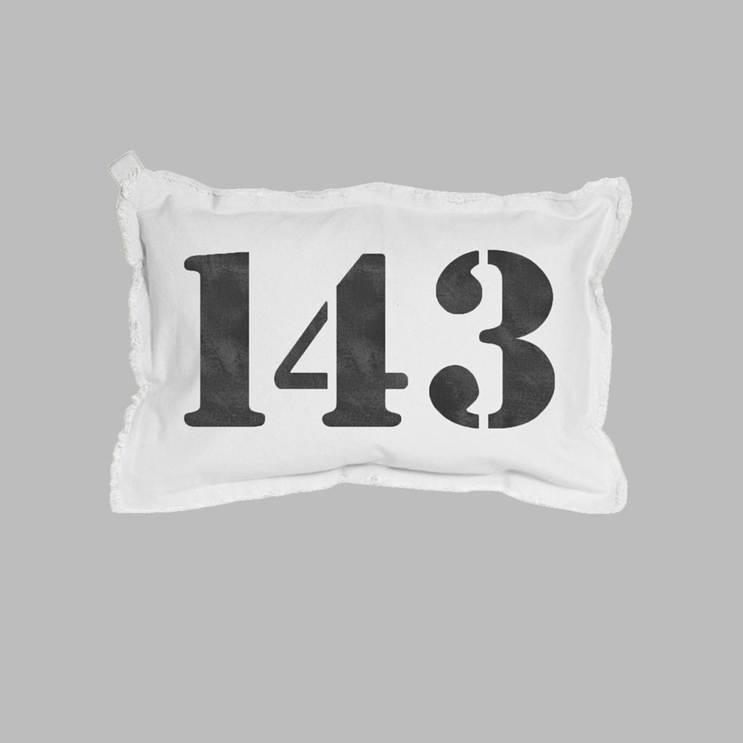 143 Lumbar Pillow