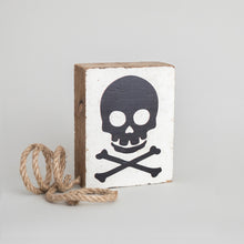 Load image into Gallery viewer, Skull Decorative Wooden Block