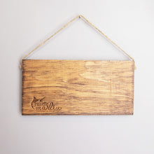 Load image into Gallery viewer, Welcome Hearts Twine Hanging Sign