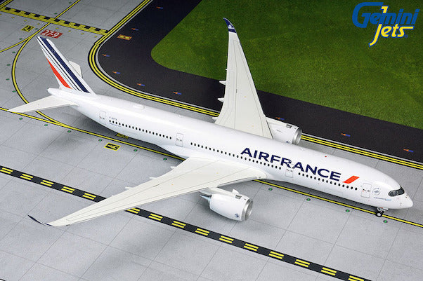 Gemini Jets Air France Airbus A350-900 1:200 Scale G2AFR867 With Stand - Skywing World