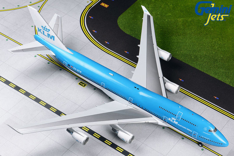 Gemini Jets KLM B747-400 (New Livery) 1:200 Scale G2KLM546 With Stand - Skywing World