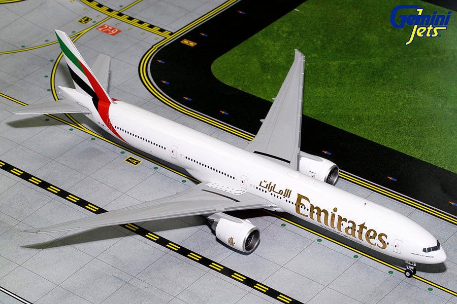Gemini Jets Emirates Boeing B777-300ER Expo 2020 1:200 Scale G2UAE771 With Stand - Skywing World