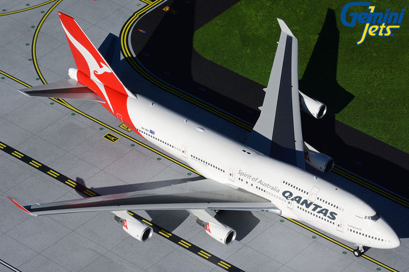 Gemini Jets Qantas Boeing B747-400 1:200 Scale G2QFA734 With Stand