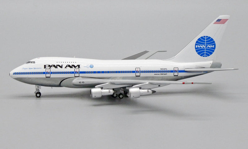 "JC Wings Pan Am Boeing B747SP ""Clipper New Horizons"" with Flight 50 Logo EW474S002 1:400 Scale"