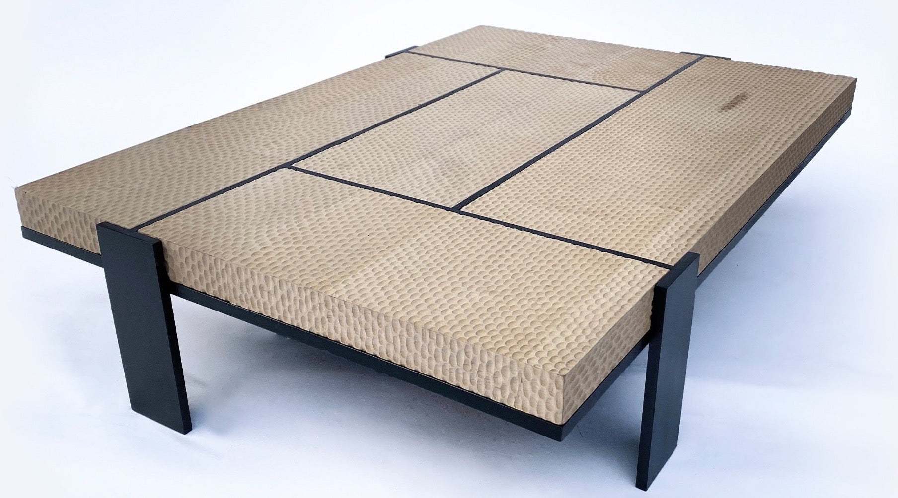 Faras Coffee Table