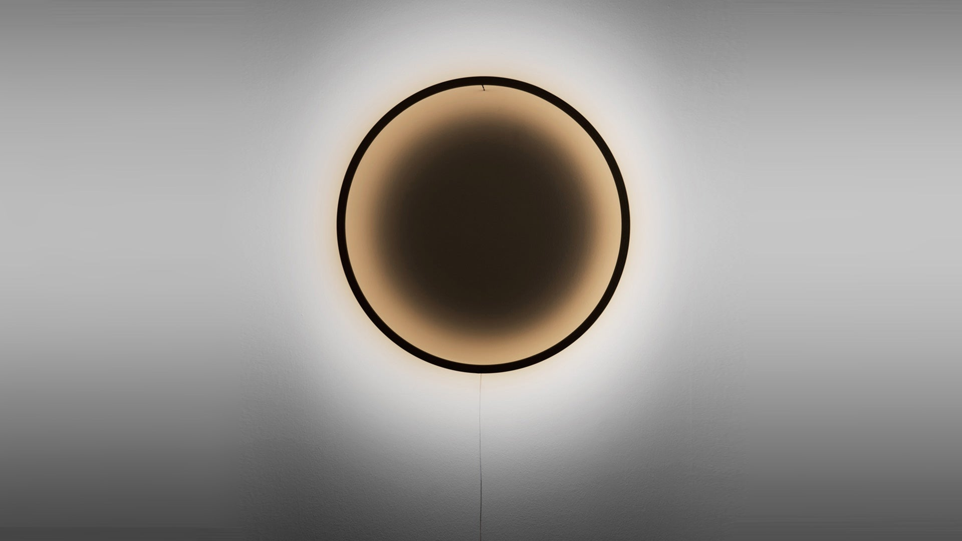 Eclipse Wall Light