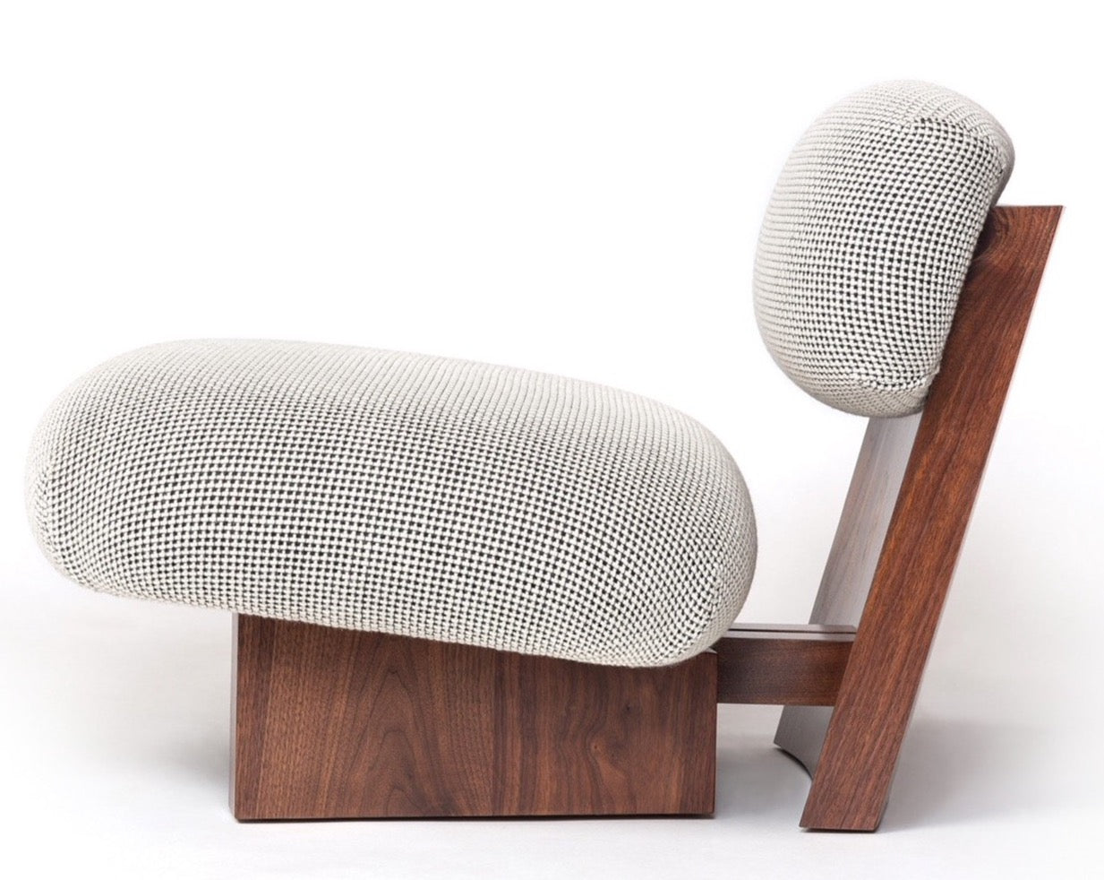 Jia Lounge Chair