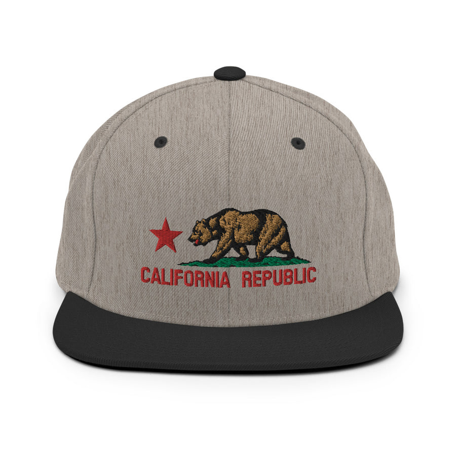 CALIFORNIA FLAG RED - HAT