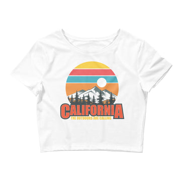 California The Outdoors Are Calling - Women's Crop Top