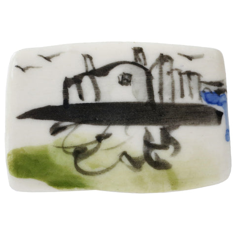 Elaine Woldorsky Porcelain Pin – Guthrie Outline Large