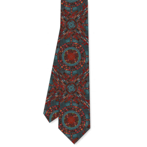 Guthrie Center Stage Tie