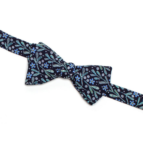Mistletoe and Forget-Me-Nots Bow Tie