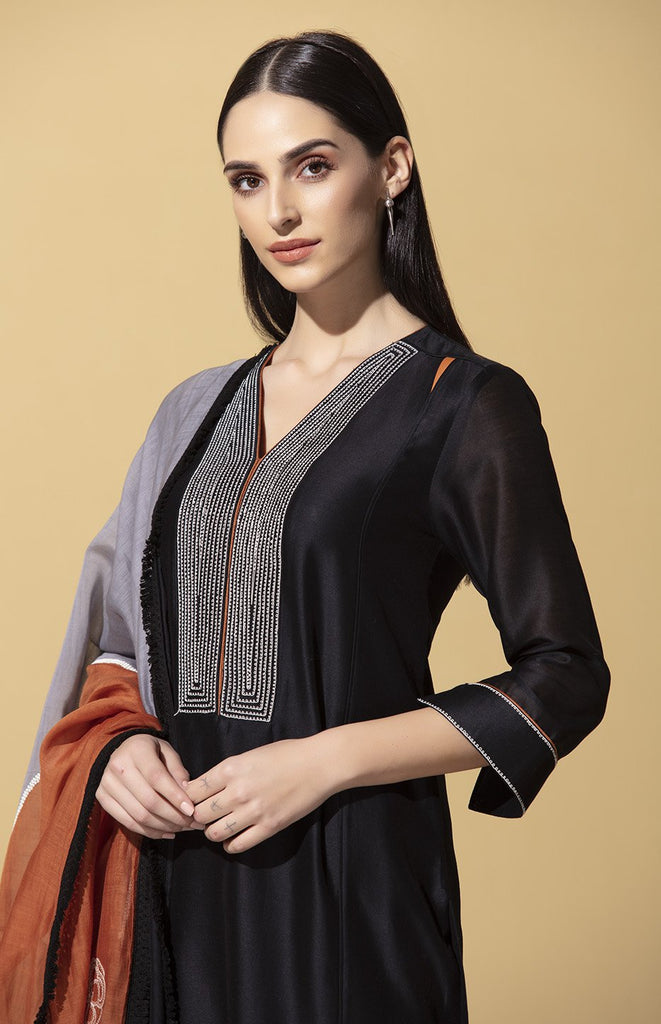 Makena Black Suit Set in Chanderi