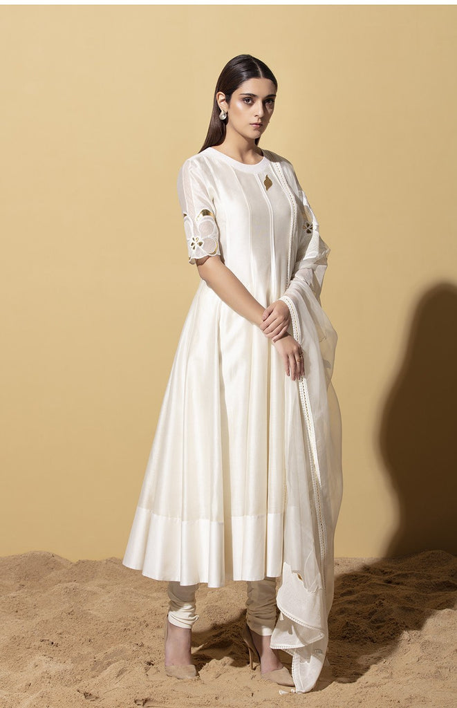Cebile Ivory Anarkali Set in Chanderi