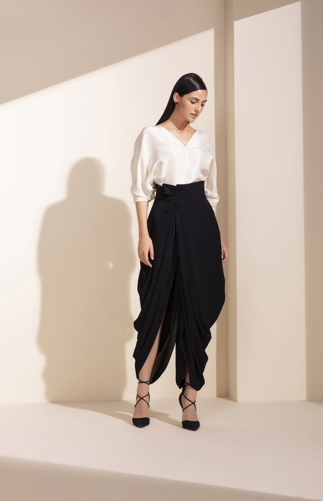 Black Paperback Dhoti Pants In Black - 4020