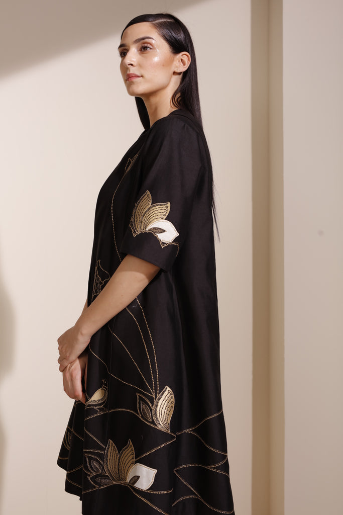 Short Black Jacket In Chanderi With Inner - 4043