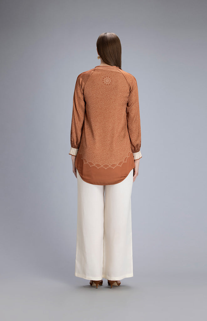 Chaiza Tan Shirt in Twill