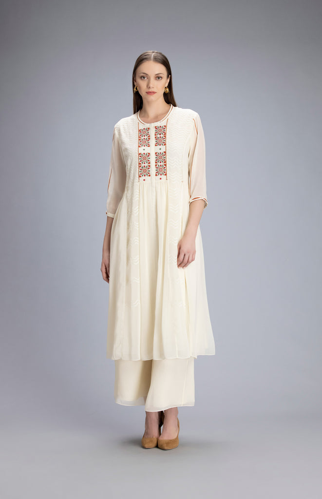 Farida Ivory Tunic in Georgette