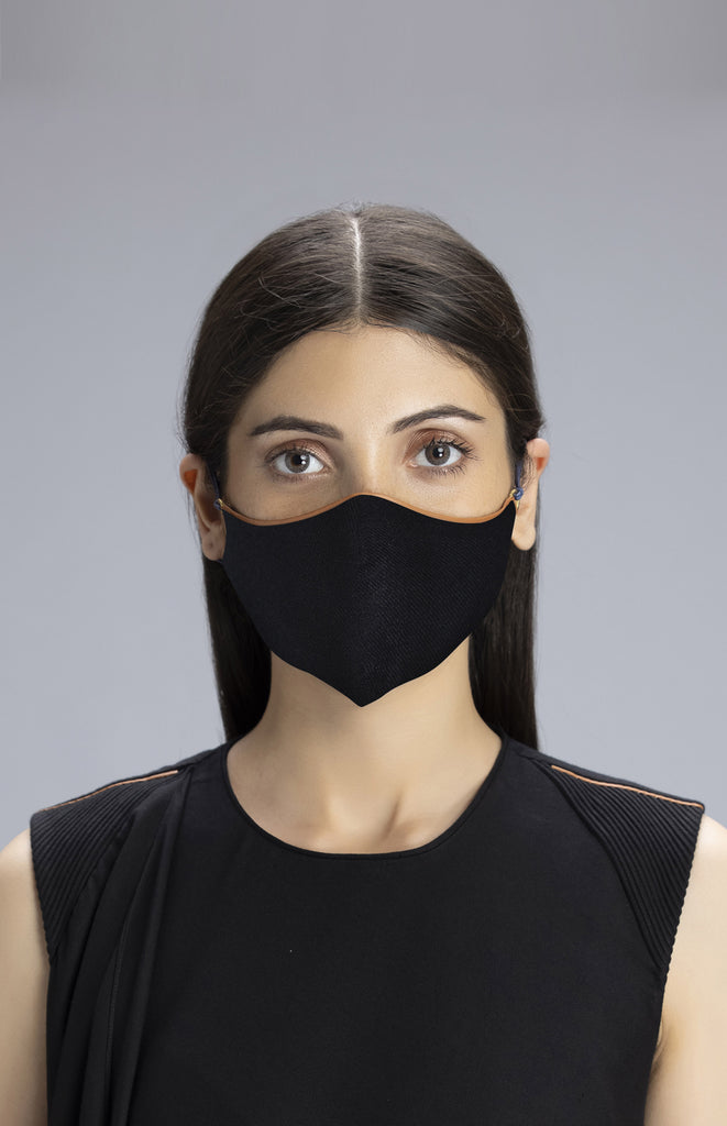 Black Mask in Wool