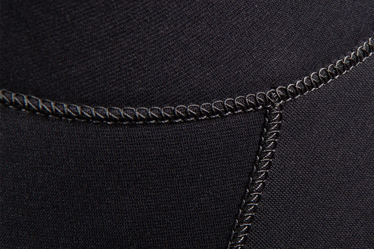 2021 Mystic Marshall wetsuit  black - close-up of seams