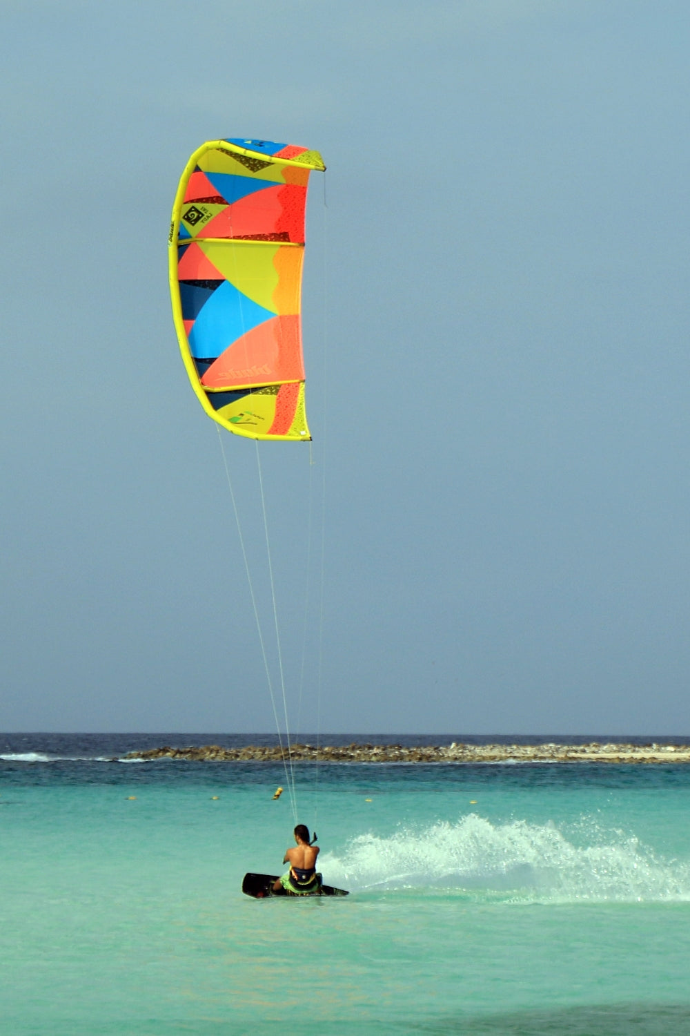 Kitesurfing light wind cruising kite