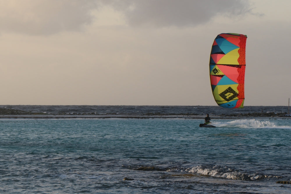 Light wind kitesurfing fun