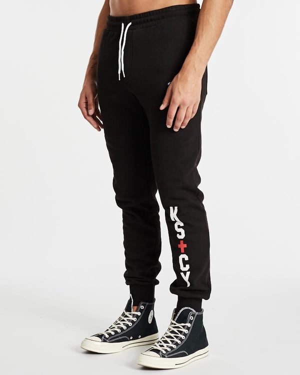 OUTFIELD TRACK PANT