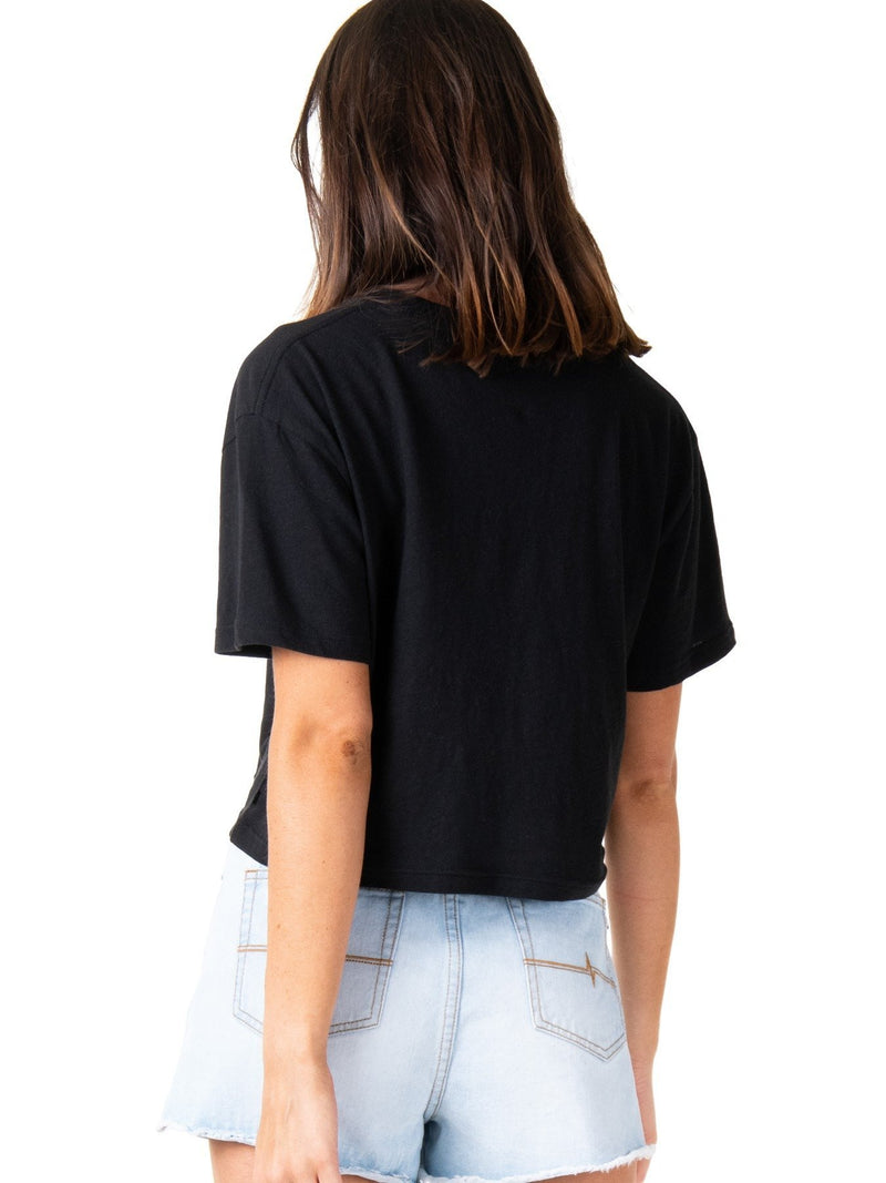 RUSTY ESSENTIALS CROP SHORT SLEEVE TEE