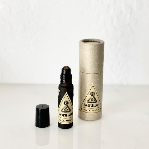 Black Moon Concentrated Oil by Kobrah