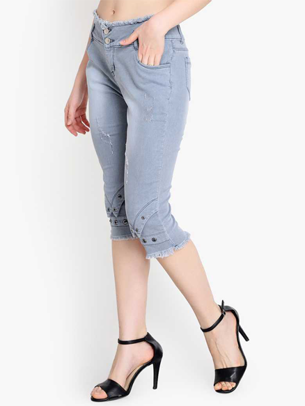 Stylish Denim Capri