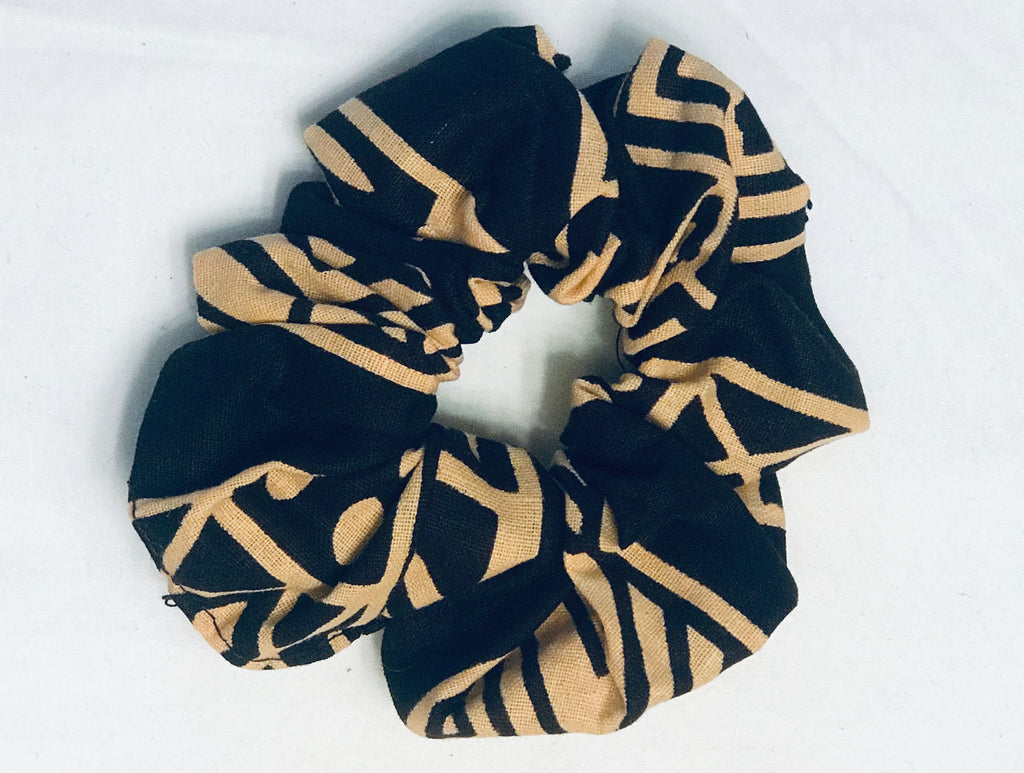 Kanga Fabric Scrunchie - Black/Tan