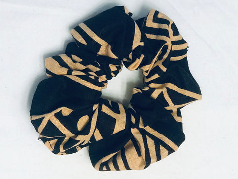 Kanga Fabric Scrunchie - Brown/Tan