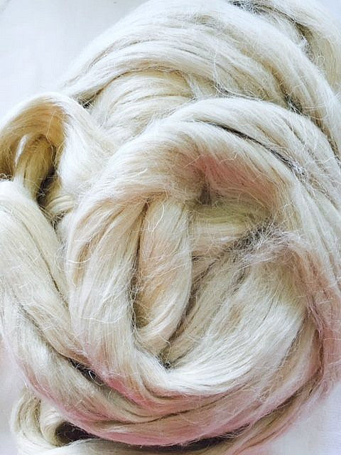 Undyed Natural Hemp Fibre for Spinning and Wet Felting - 10grams