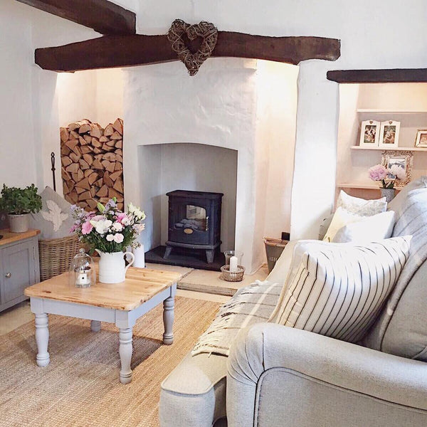Step inside this charming country cottage in the English countryside for a full home tour on www.lovetohome.co.uk