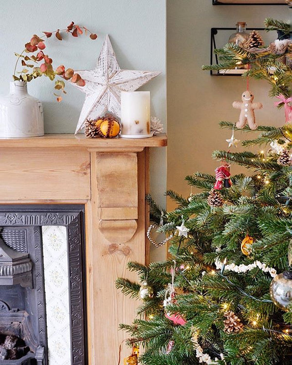 wondering how to decorate a christmas tree? Check out these essential tips on www.lovetohome.co.uk photo credit: @kates_victorian_home via Instagram