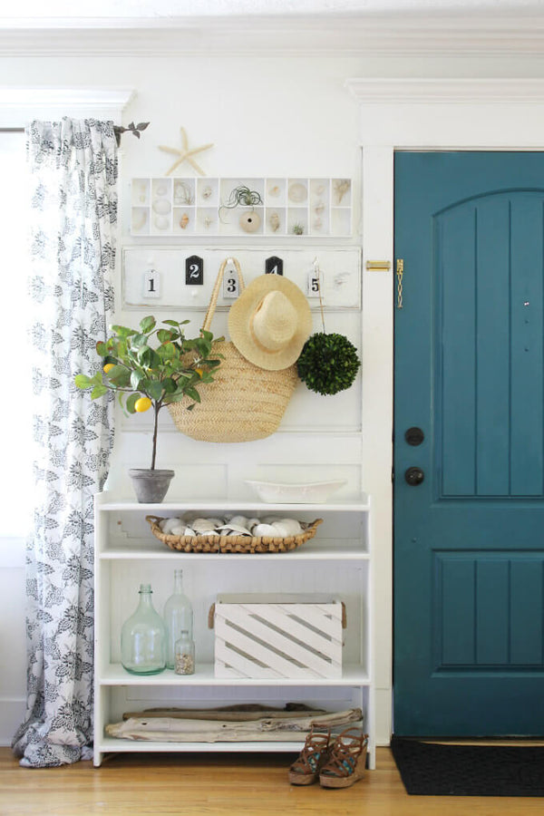Bring some summer holiday vibes into your home with these easy-to-copy ideas via www.lovetohome.co.uk. Image credit; Emily Sweeten via @thewickerhouse on instagram